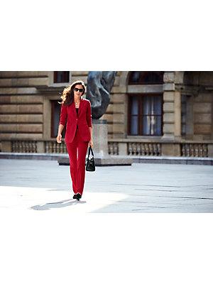 Tailleur pantalon et blazer long uni, coupe ajustée