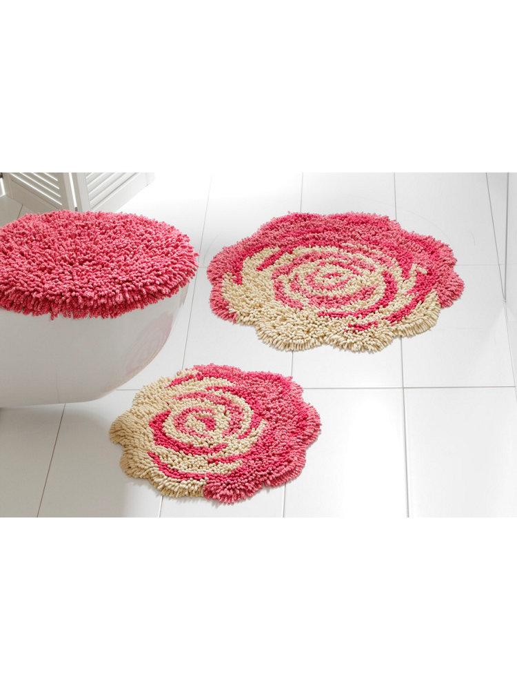 tapis de bain imprim rose en forme de fleur. Black Bedroom Furniture Sets. Home Design Ideas