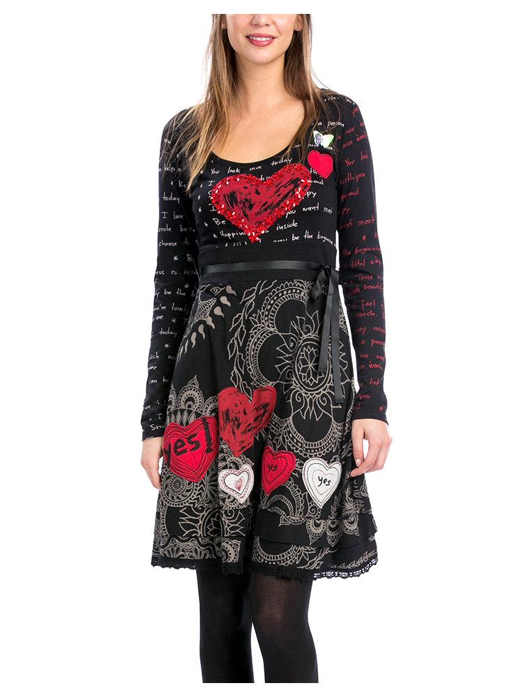 pour choisir une robe robes originales hiver. Black Bedroom Furniture Sets. Home Design Ideas