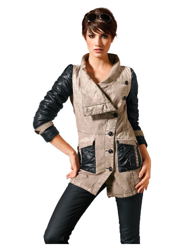 manteau parka femme vernie boutonni re asym trique. Black Bedroom Furniture Sets. Home Design Ideas