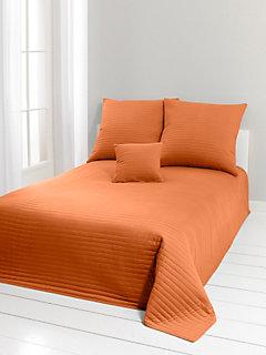 jet s de lit et couvre lits helline. Black Bedroom Furniture Sets. Home Design Ideas