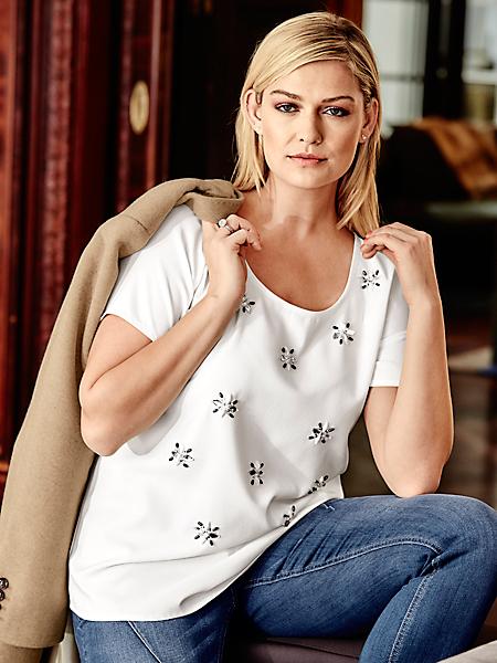 Guido Maria Kretschmer - T-shirt chemisier avec perles sur l'avant forme fleurs