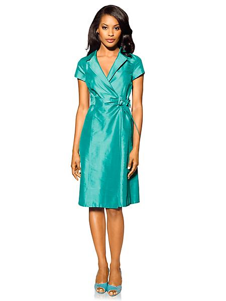 Patrizia Dini - Robe courte en soie brillante ceinturée et col tailleur