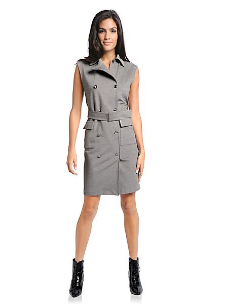 helline - Robe ceintrée avec poches et boutons sur l'avant