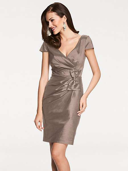 Ashley Brooke - Robe courte habillée en satin taupe, noeud ceinture