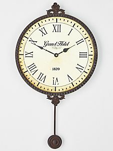 Horloge murale helline for Horloge en fer forge noir