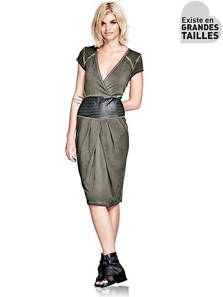Mandarin - Robe midi drapée à décolleté, vert kaki et effet cuir